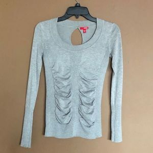 💥3/$20💥 Bongo Ribbed Ruched Gray Sweater